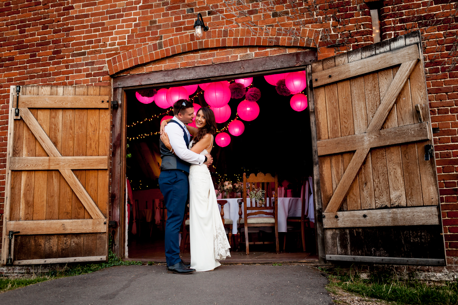Ufton-Court-Wedding-Photographer-595-2